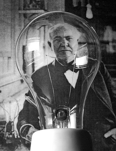 http://www.yeniisfikirleri.net/wp-content/uploads/2014/01/Thomas-Edison.jpeg