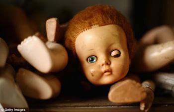 oyuncak-bebek-tamiri