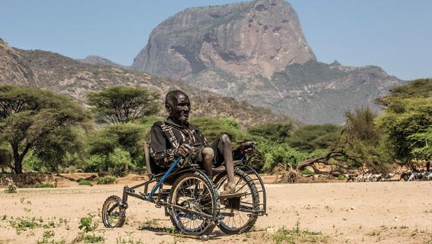 yoksullar-icin-tekerlekli-sandalye